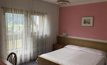 Hotel VILLA JOLANDA_dvoulůžkový pokoj s 2 přistýlkami