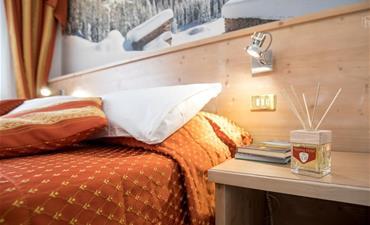 Hotel TOURING_jednolůžkový pokoj single