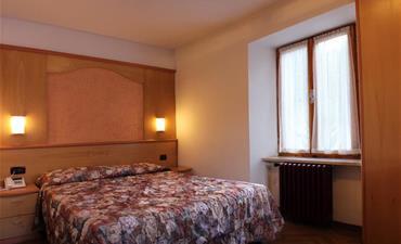 Hotel EUROPA_dvoulůžkový pokoj