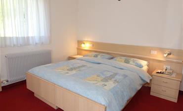Hotel ZANON_dvoulůžkový pokoj s 1 přistýlkou