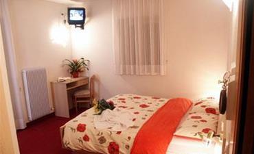 Hotel ZANON_dvoulůžkový pokoj